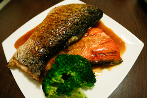 Salmon Glazed with Honey and Soy sauce